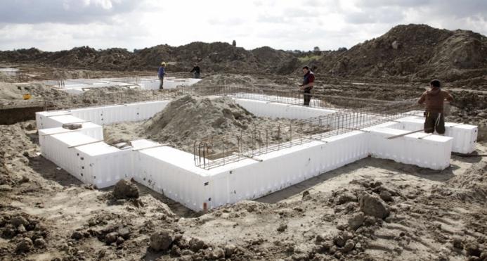 Polystyreen bekisting (dehoop-pekso.nl)