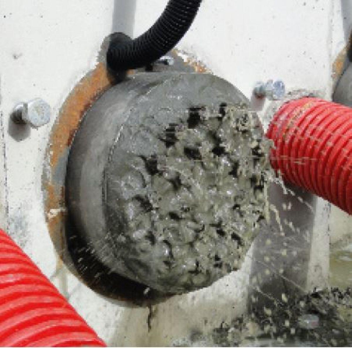 Injecteren van scheuren, naden en holle ruimten is vaak de meest geschikte                    reparatiemethode