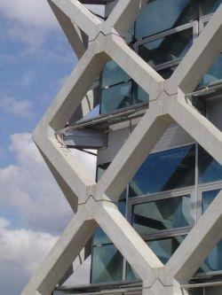 Atlasgebouw Wageningen, opgebouwd in schoon beton