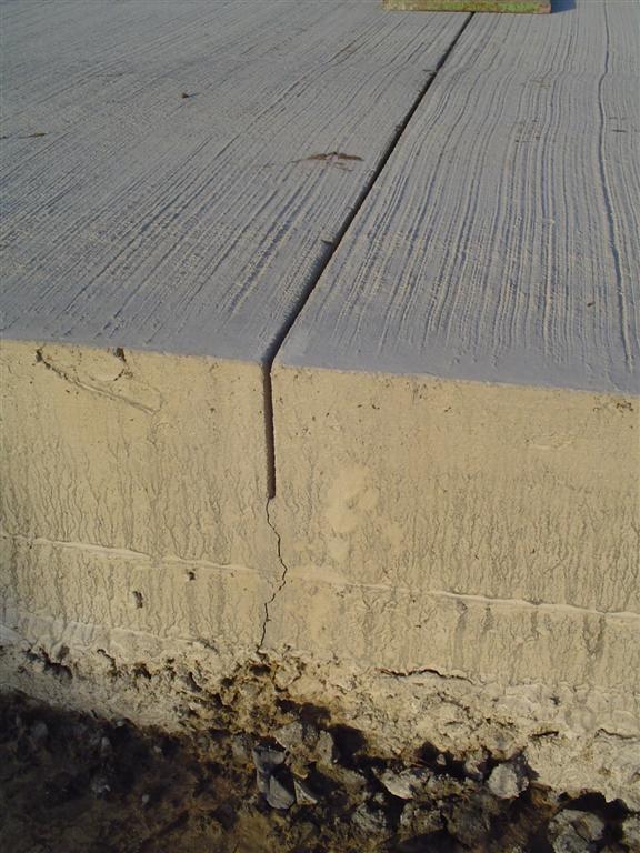 Krimpvoeg boven krimpscheur