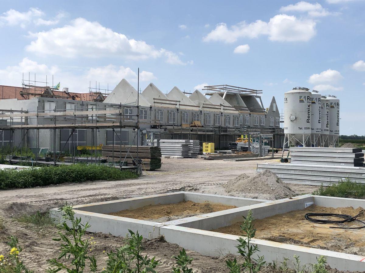 Afhankelijk van het type constructie en de eigenschappen van de bouwgrond, kunnen verschillende soorten funderingen toegepast worden
